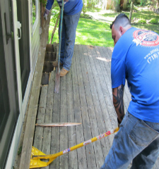 Green Guys Junk Removal provides deck removal in sarasota fl