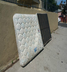 Green Guys Junk Removal provides mattress removal in sarasota fl